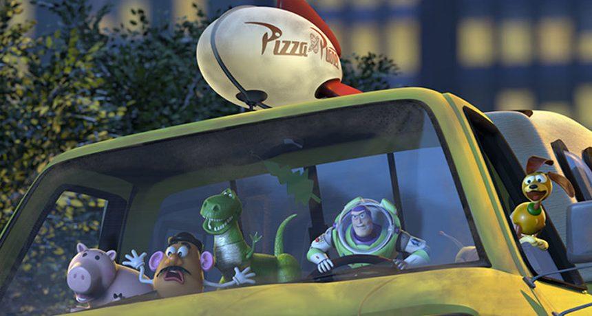 Ikusia duzu Pixarren film gehienetan agertzen den pizza-kamioneta?